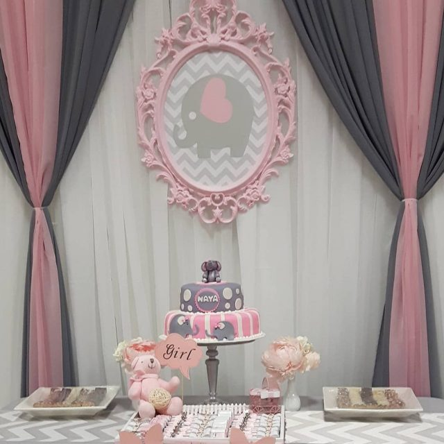 Todays basic backdrop setup! This time in pink with ahellip